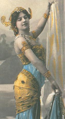 Matahari, orientalische Tänzerin
