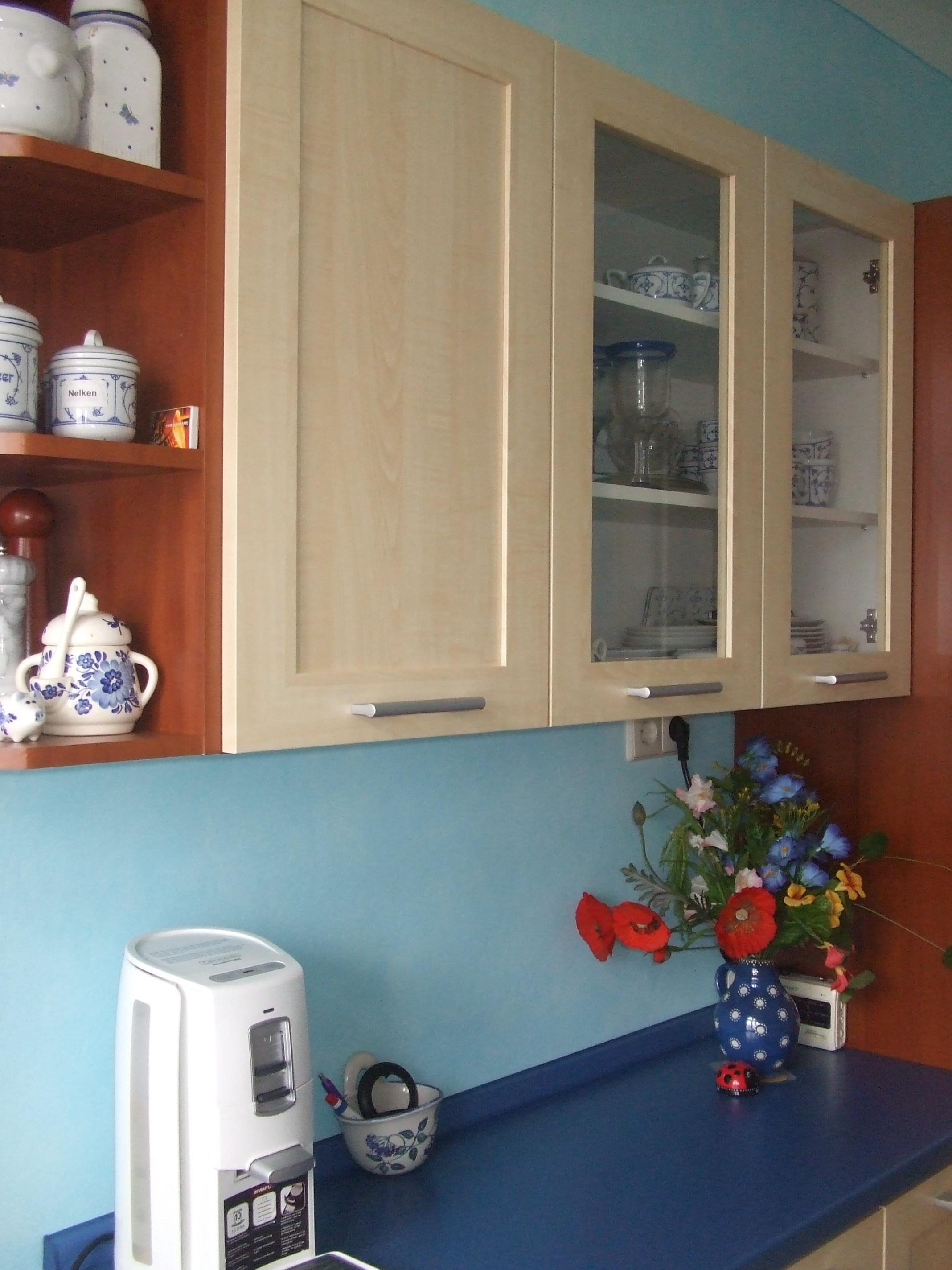 blau ist die farbe der romantik und meine neue m rchenk che laut und leise literatur lesen. Black Bedroom Furniture Sets. Home Design Ideas