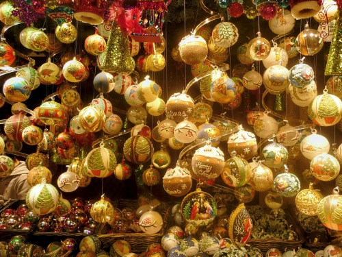 christmas-ornaments-228941_1280